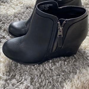 Black wedge booties size 8